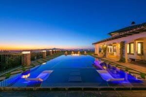 villas in Los Angeles